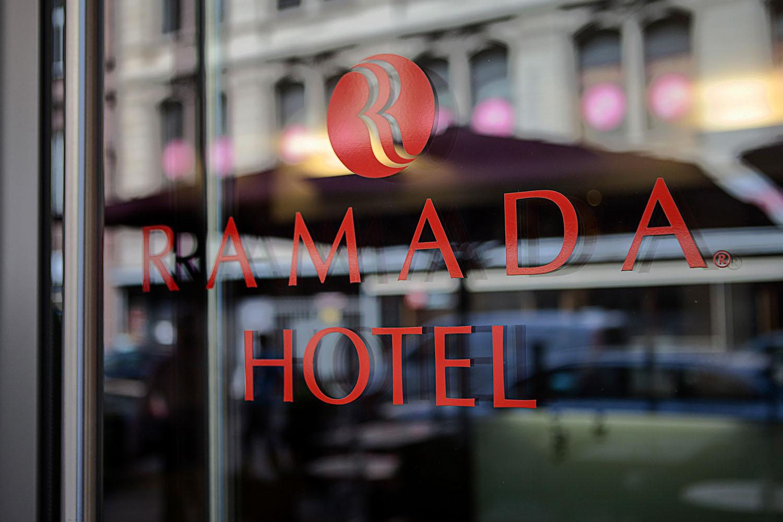 1-Ramada_Logo