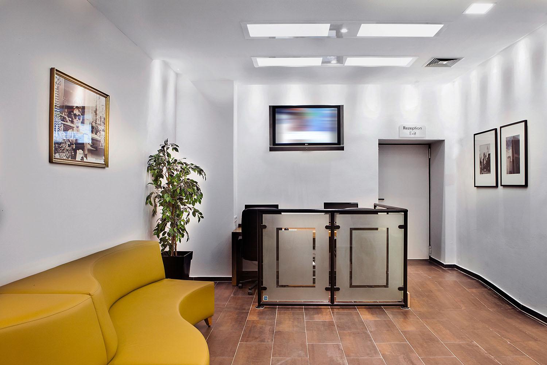 6-Ramada_Business_Center_1